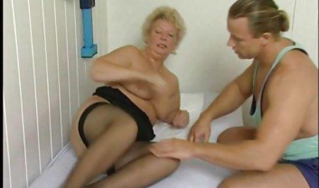 Busty Blonde Wildly اسباب بهترین کانال سکسی دنیا بازی خود را سوار می کند