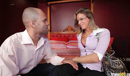 داغ MILF بهترین سایت های سکسی جهان در یک فیلم BDSM ارسال